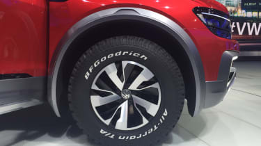 Volkswagen Tiguan GTE Active Concept - wheel show