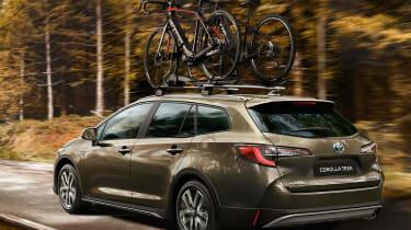 Toyota Corolla TREK - rear tracking
