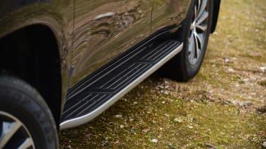 Toyota Land Cruiser - side detail