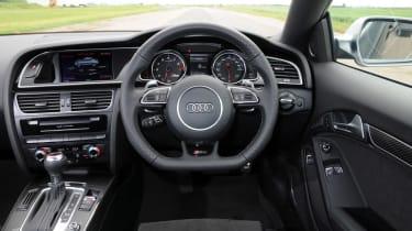Audi RS5 - interior dash shot
