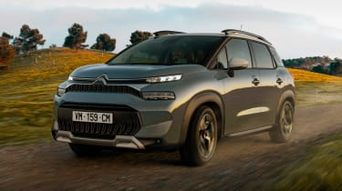 Citroen C3 Aircross - front/side action