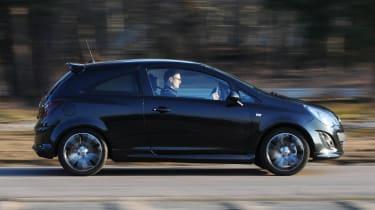 Vauxhall Corsa Black Edition panning