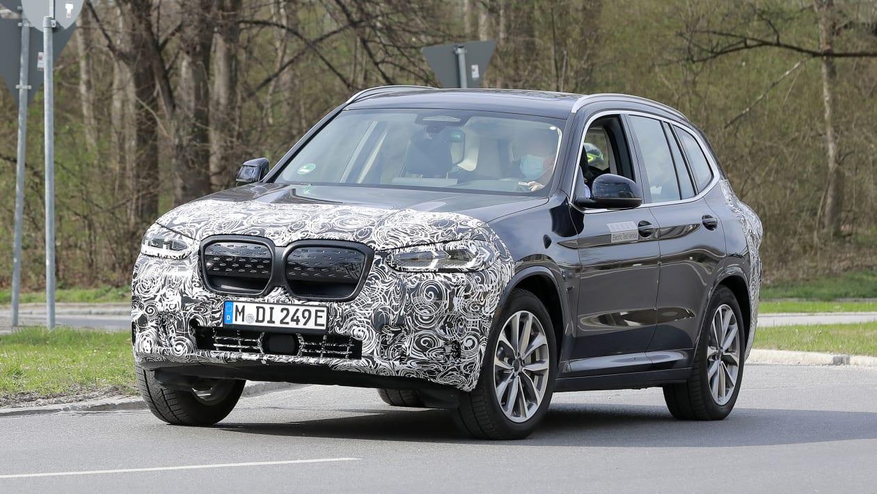 BMW%20iX3%20facelfit%20