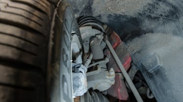 Used Peugeot 208 - suspension