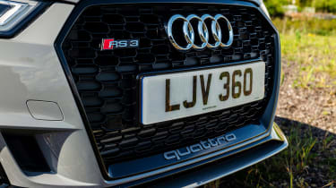Audi RS3 - grille