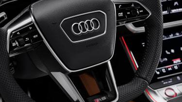 Audi RS 6 Avant - steering wheel