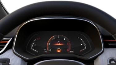 Renault Clio - dials