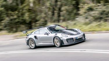 Porsche 911 GT2 RS - front/side