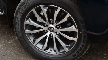 Toyota Land Cruiser - wheel