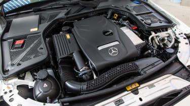 Mercedes C200 BlueTec engine