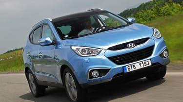 Hyundai ix35 Premium SE front tracking
