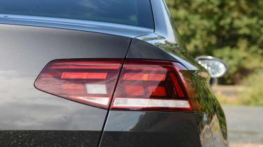 Volkswagen Passat - rear light