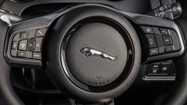Jaguar F-Type Chequered Flag - steering wheel
