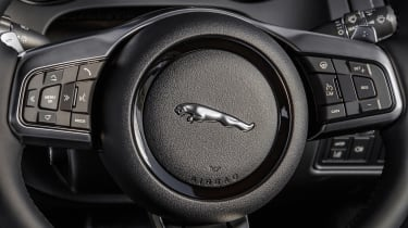 Jaguar F-Type Chequered Flag - steering wheel