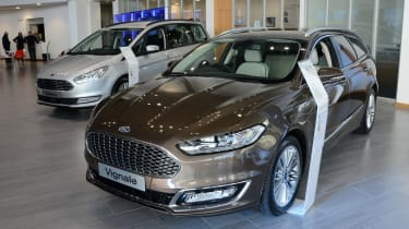 Ford Mondeo Vignale road trip - Trust Ford showroom
