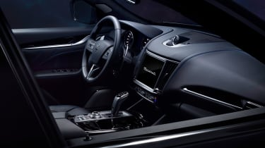 Maserati Levante Hybrid - dash