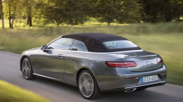 Mercedes E-Class Cabriolet - action roof closed
