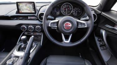 Fiat 124 Spider - dash