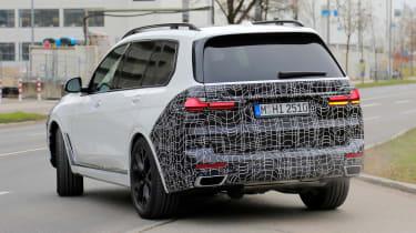 BMW X7 spy shot