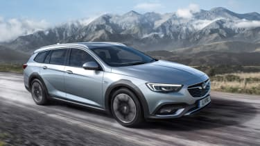 Vauxhall Insignia Country Tourer front
