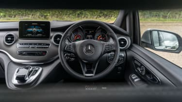 Mercedes V-Class - front cabin