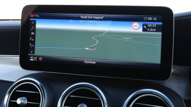 mercedes-amg c 43 coupe infotainment