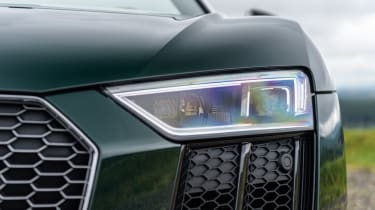 Audi R8 Spyder V10 plus - headlight