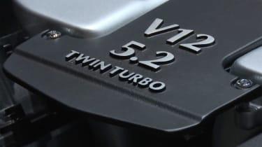 Aston Martin DB11 - Geneva show engine