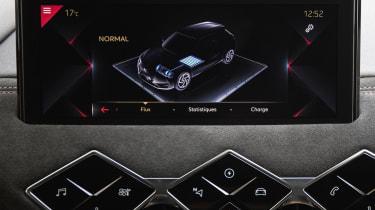 DS 3 Crossback E-Tense - display