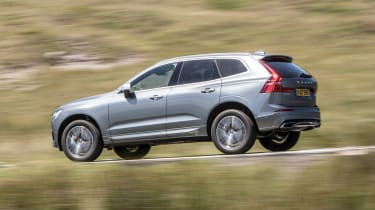 New Volvo XC60 review - side