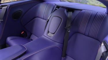 Aston Martin DB11 V8 - rear seats