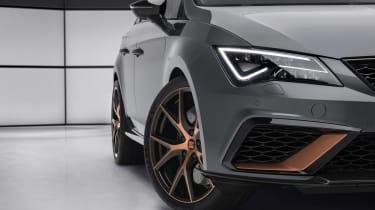 SEAT Leon Cupra R ST - side profile