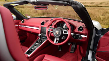 New Porsche 718 Boxster 2016 - interior