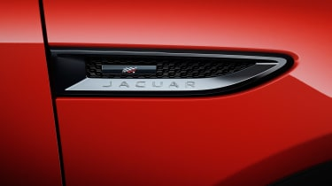 Jaguar E-Pace Chequered Flag Edition - side detail