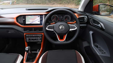 Volkswagen T-Cross - dash