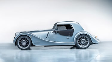 Morgan Plus Six - side roof up