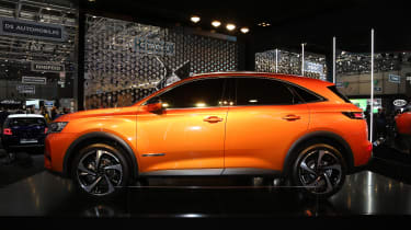 DS 7 Crossback Geneva show - side
