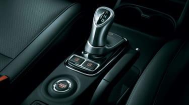 Mitsubishi Outlander PHEV 2014 gearstick