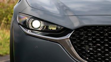New Mazda CX-30 2021 - headlight