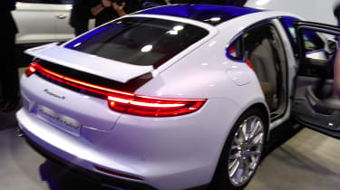 Porsche Panamera 4 E-Hybrid - paris rear