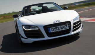 Audi R8 GT Spyder front tracking