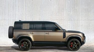 2019 Land Rover Defender profile