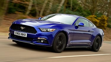 Ford Mustang - front