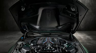 BMW M5 CS - studio engine