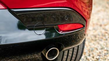 Mazda 3 - exhaust