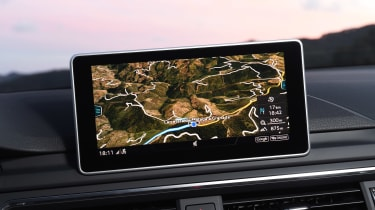 Audi RS 4 - sat-nav