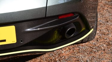 Aston Martin DB11 AMR - exhaust