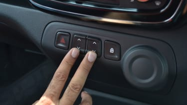 Renault Kwid - centre console