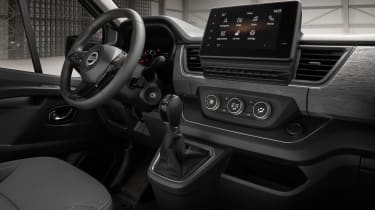 Nissan Primastar - interior