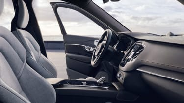Volvo XC90 facelift - interior